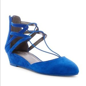 Kenneth Cole Reaction Why Not Suede Wedge
